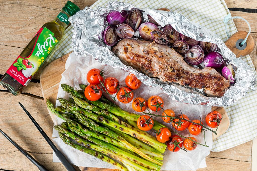 Porsaan sisäfileetä, parsaa ja grillattuja kasviksia