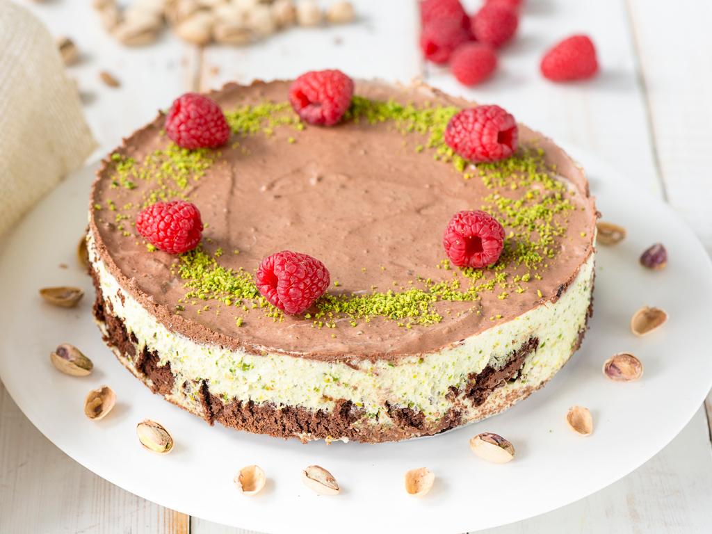 Pistaasi-suklaakakku