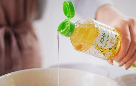 Keiju Rypsiöljy 500 ml sopii täydellisesti leivontaan